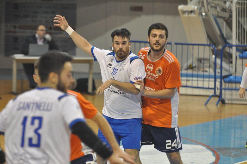 edoardo albanesi, pallamano chiaravalle, asd pallamano chiaravalle, pallamano ambra, cocilova , maltoni, handball, serie a2, sport, pallamano,